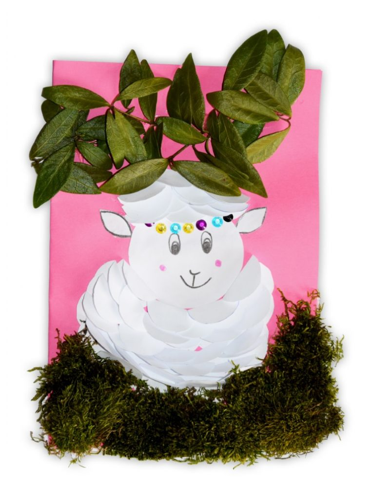 Zdjęcie przedstawia przesłaną kartkę konkursową na Konkurs Wielkanocny 2021 w kategorii dzieci 5 - 6 lat autorstwa P. Lena